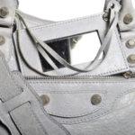 balensiaga classic schoulder bag light grey leather 9 Kopie