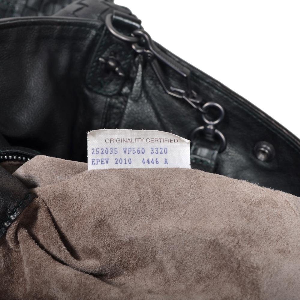 Bottega Veneta Shopper black green woven leather 4 Kopie 2d3929fe0562a