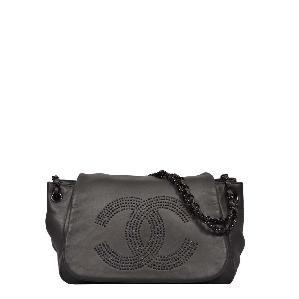 Chanel Tasche Crossbody Leder Grau CC Nieten Soft Kette Silber
